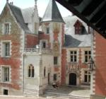Le Clos Lucé (56 km - 1 h)