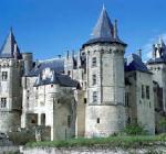 Saumur (88 km - 1 h 40 min)